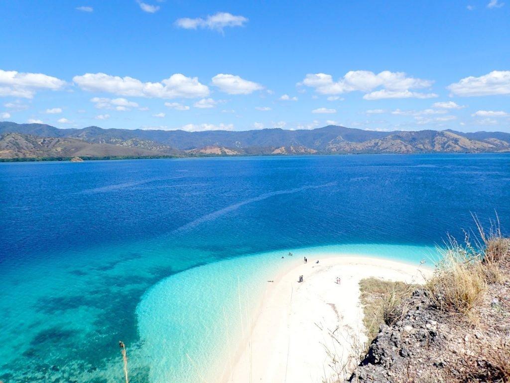 Como Y Por Que Debemos Visitar Las Islas De Flores Y Komodo Routive