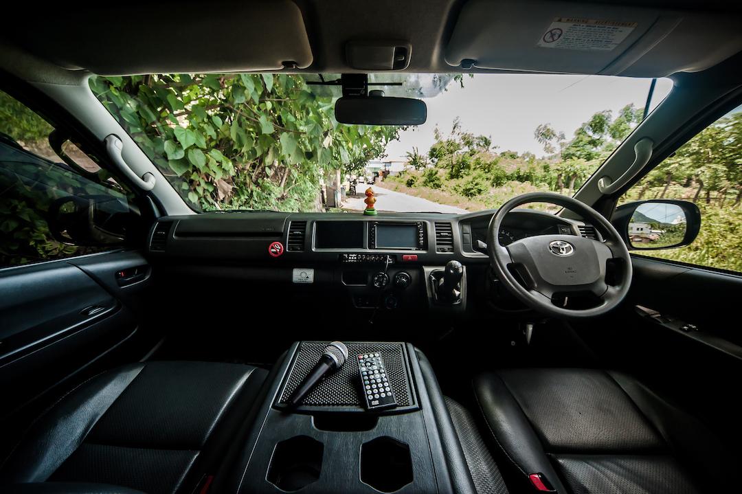 Sewa Mobil Hiace Labuan Bajo Larantuka Flores25